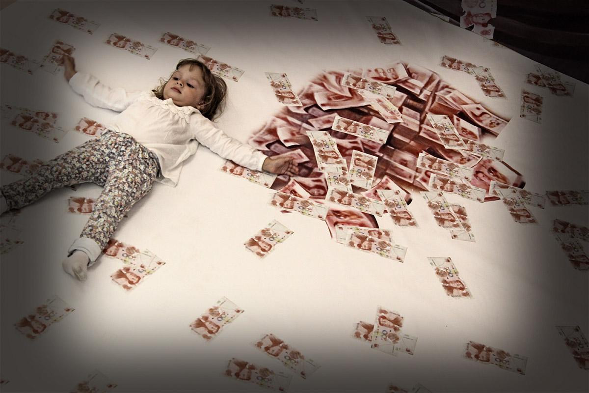 Pénz és gyerkőc